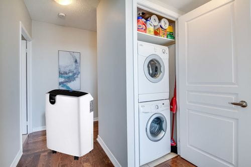 Best Dehumidifier for Drying Clothes